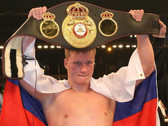 Боксеру Александру Поветкину исполняется 38 лет