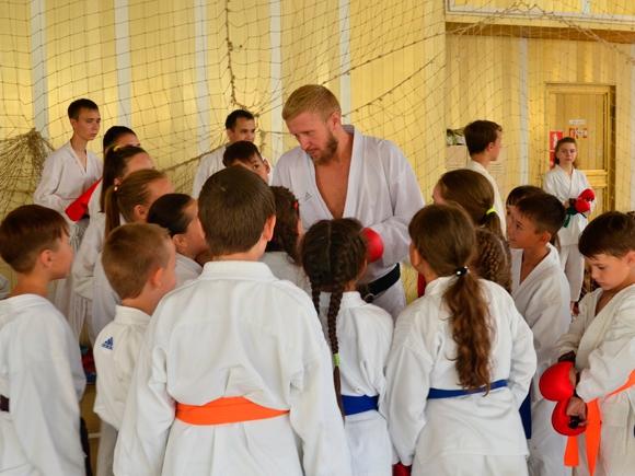 Учебно-тренировочные сборы по всестилевому каратэ