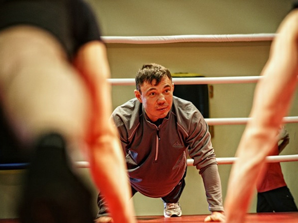 Советы для сильного удара в боксе от Кости Цзю