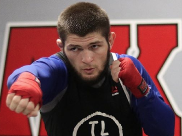 Хабиб Нурмагомедов и Тони Фергюсон на турнире UFC 223