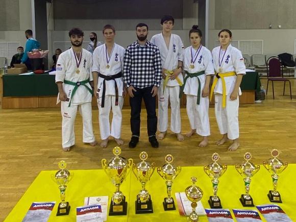 Кубок Россий среди мужчин и женщин - Кёкусин-кан
